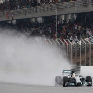 Nico Rosberg bajo la lluvia de Malasia - LaF1