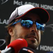Fernando Alonso atiende a los medios - LaF1