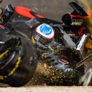 Momento en el que Alonso dio varias vueltas de campana - LaF1