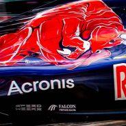 Carlos Sainz en Hungría con el logo de Acronis en su STR11 - LaF1