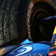 Neumático Michelin en el Renault de Fernando Alonso - LaF1.es
