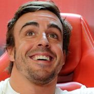 Fernando Alonso en el box de Ferrari en Monza - LaF1
