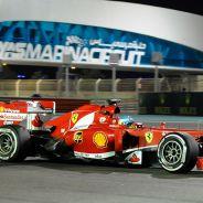 Fernando Alonso a los mandos del F138 - LaF1