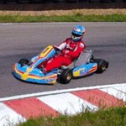 Da una vuelta con Fernando Alonso a su nuevo circuito de karts