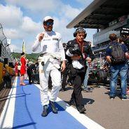 Fernando Alonso en la parrilla de Rusia - LaF1