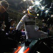 Fernando Alonso en la parrilla de Singapur - LaF1