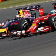 Fernando Alonso, en paralelo con Sebastian Vettel - LaF1