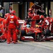 Fernando Alonso durante el Gran Premio de Brasil - LaF1