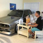 Randy metió su BMW M3 E30 en salón su casa - SoyMotor.com