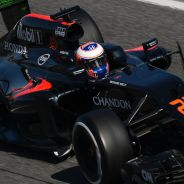 Jenson Button en los test de Barcelona - LaF1