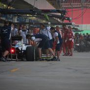 Hamilton deja atrás los problemas de la semana y manda en Brasil - LaF1