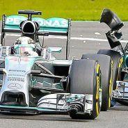 Instante preciso del toque entre Rosberg y Hamilton - LaF1