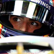 Carlos Sainz repasa la telemetría - LaF1