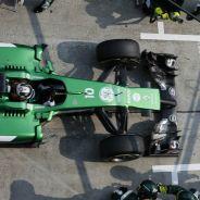 Ecclestone da la bienvenida a dos equipos nuevos de F1 para 2015 - LaF1