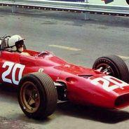 Chris Amon en el Ferrari 312 en 1967 - LaF1