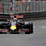 Ricciardo volvió a perder la victoria por un error estratégico del equipo - LaF1