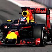 Daniel Ricciardo en Sochi con el RB12 - LaF1