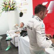 """Hamilton perdona a Rosberg: """"Puedo entender qué sintió"""""""