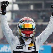 Pascal Wehrlein celebra el título del DTM cosechado en Hockenheim - SoyMotor