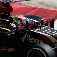 Pastor Maldonado y su E22 en los tests de Baréin - LaF1