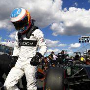 Alonso vuelve a recibir los ataques de Herbert - LaF1