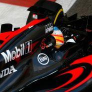 Alonso, con los colores de McLaren en 2015 - LaF1
