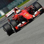 Sebastian Vettel y Nico Rosberg en Malasia - LaF1