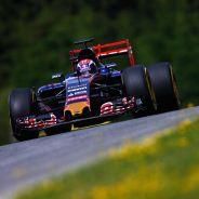 Max Verstappen con el STR10 en Austria - LaF1.es
