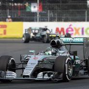 Rosberg terminó por delante de Hamilton en México y así estuvo hasta el final de Abu Dabi - LaF1