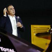 Carlos Ghosn durante la presentación de Renault - LaF1