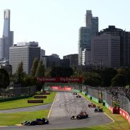 Nasr, Ricciardo, Räikkönen y Sainz rodando por el asfalto de Albert Park - LaF1