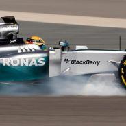 Lewis Hamilton al volante del Mercedes W05 - LaF1