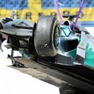 El coche de Lewis Hamilton después de su accidente - LaF1