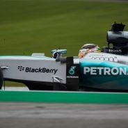 Hamilton no puede con su compañero de equipo, Rosberg - LaF1