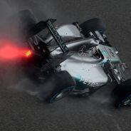 Lewis Hamilton en la lluvia de China - LaF1