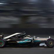 Lewis Hamilton en Abu Dabi - Soymotor.com