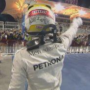Lewis Hamilton celebra la Pole Position de Baréin - LaF1
