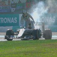 Lewis Hamilton abandona en Malasia - LaF1