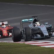 Vettel todavía está a una distancia amenazante de Hamilton y Mercedes en el Mundial - LaF1