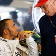 Lauda premió a Hamilton con volar en su jet privado