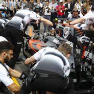 Mecánicos de McLaren en Alemania - LaF1
