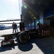 Romain Grosjean y su Lotus en Jerez - LaF1