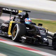 Renault sufre un problema de software - LaF1