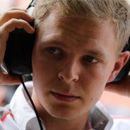 Kevin Magnussen en el Pit Lane de la India - LaF1