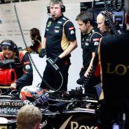 Kimi Räikkönen en el box de Spa-Francorchamps