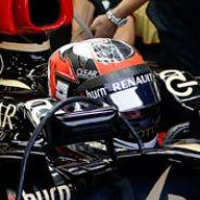 Kimi Räikkönen en el box de Lotus - LaF1