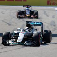 Hamilton todavía puede ganar el título - LaF1