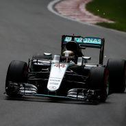 Hamilton encabeza los Libres 1 en Canadá - LaF1
