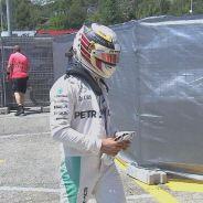 Hamilton lamenta que su acción perjudicara al equipo - LaF1