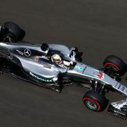 Hamilton tardó mucho tiempo en reajustar su motor - LaF1